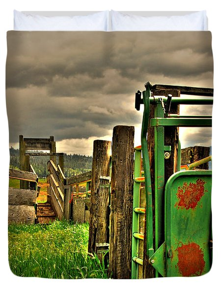 Duvet Cover featuring the photograph Cattle Chute by Sam Rosen