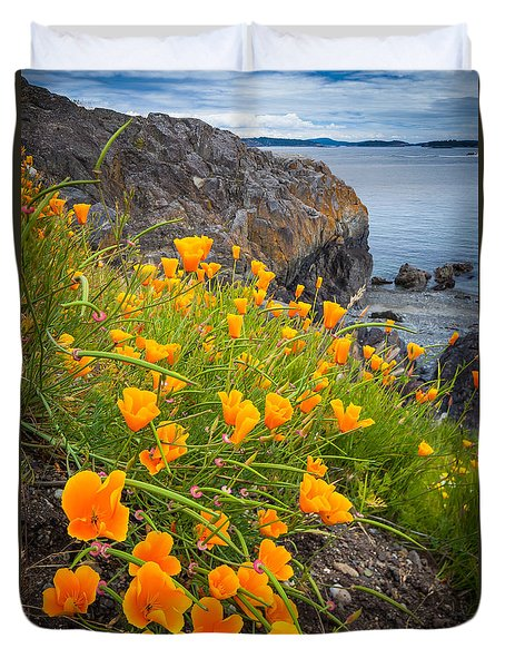 Cattle Point Poppies Duvet Cover