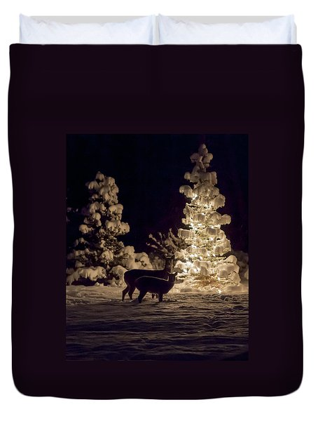 Duvet Cover featuring the photograph Cautious by Aaron Aldrich