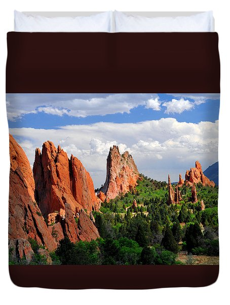 Central Garden Of The Gods Park Duvet Cover by John Hoffman