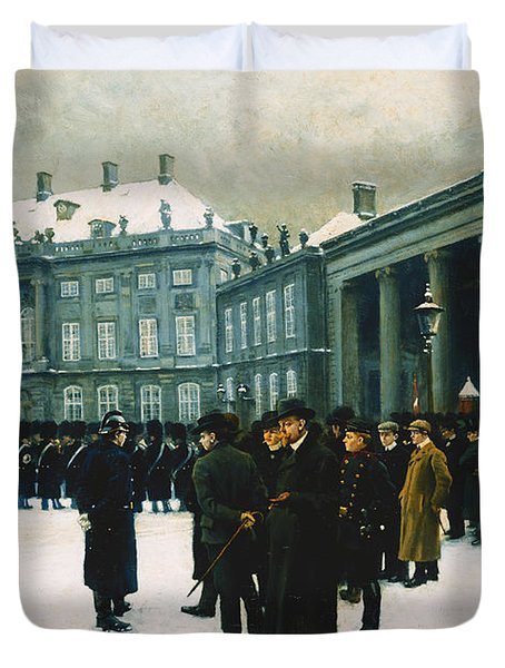Changing Of The Guard At Amalienborg Palace Duvet Cover by Paul Fischer