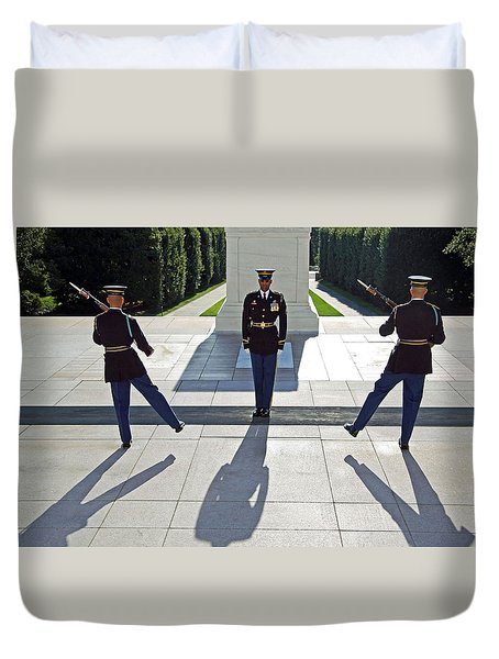 Duvet Cover featuring the photograph Changing Of The Guard by Cora Wandel