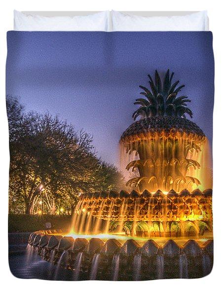 Charleston Pineapple Fountain Duvet Cover