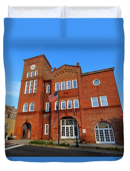 Duvet Cover featuring the photograph Chester City Hall by Joseph C Hinson Photography