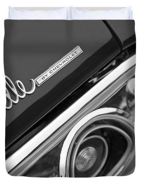 Chevrolet Chevelle Ss Taillight Emblem Duvet Cover by Jill Reger