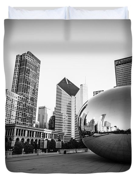 Chicago Bean And Chicago Skyline In Black And White Duvet Cover by Paul Velgos