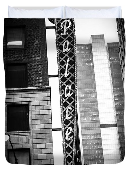 Chicago Cadillac Palace Theatre Sign In Black And White Duvet Cover by Paul Velgos
