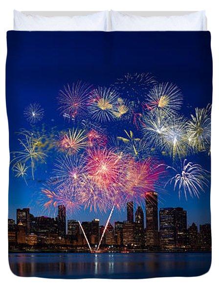 Chicago Lakefront Fireworks Duvet Cover by Steve Gadomski