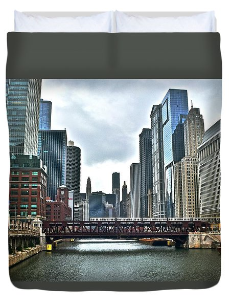 Chicago River And City Duvet Cover