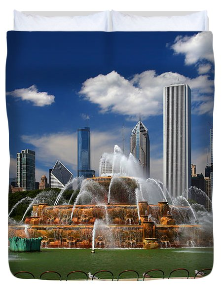 Chicago Skyline Grant Park Fountain Clouds Duvet Cover