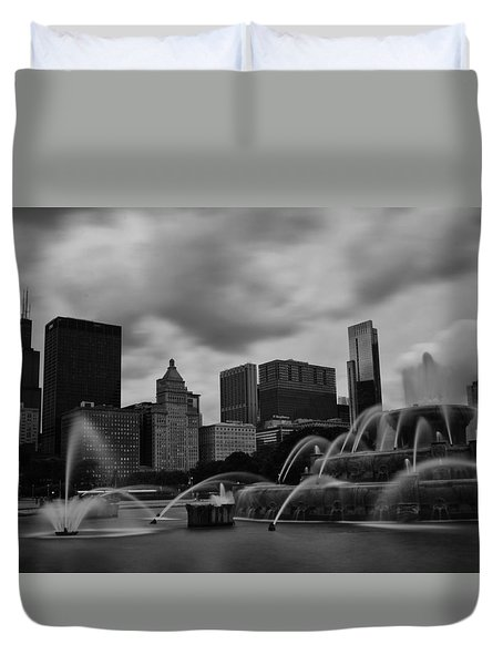 Duvet Cover featuring the photograph Chicago City Skyline by Miguel Winterpacht