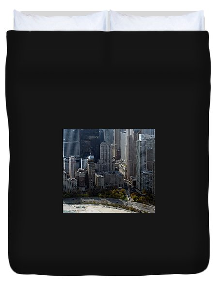 Chicago The Drake Duvet Cover by Thomas Woolworth