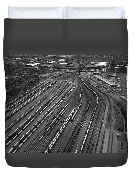 Chicago Transportation 02 Black And White Duvet Cover by Thomas Woolworth