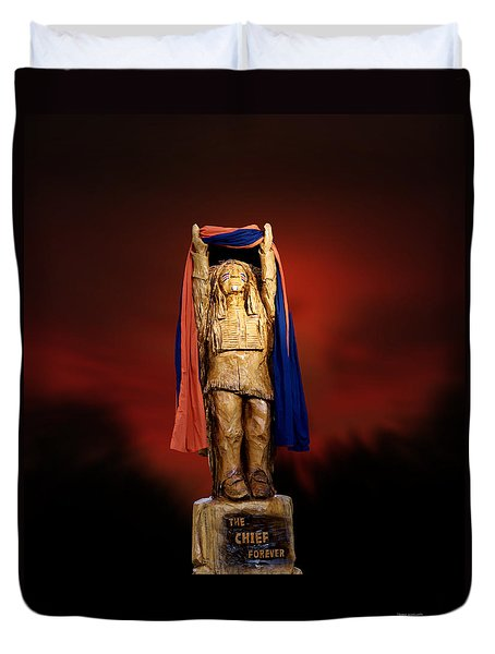 Chief Illiniwek University Of Illinois 06 Duvet Cover by Thomas Woolworth