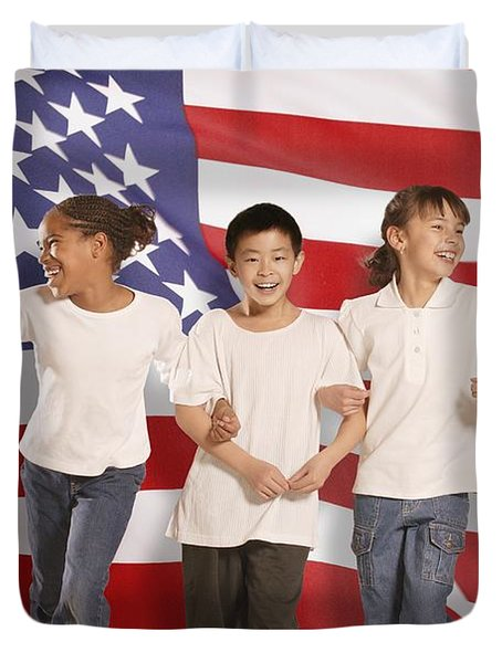 Children In Front Of American Flag Duvet Cover by Don Hammond