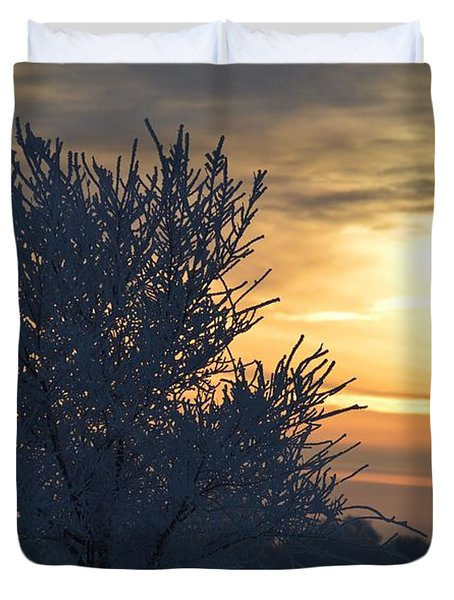 Duvet Cover featuring the photograph Chilly Sunrise by Dacia Doroff