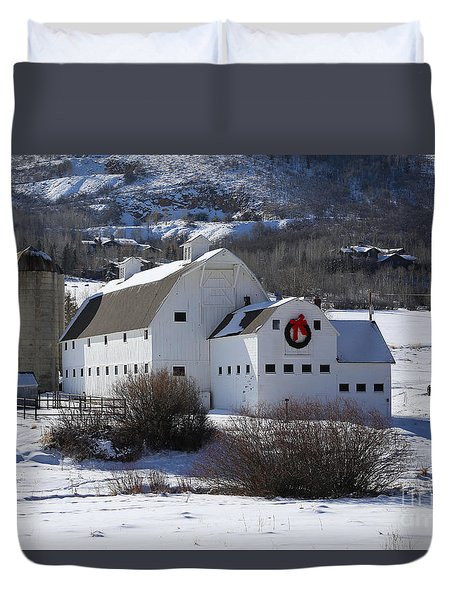 Christmas At The Farm Duvet Cover