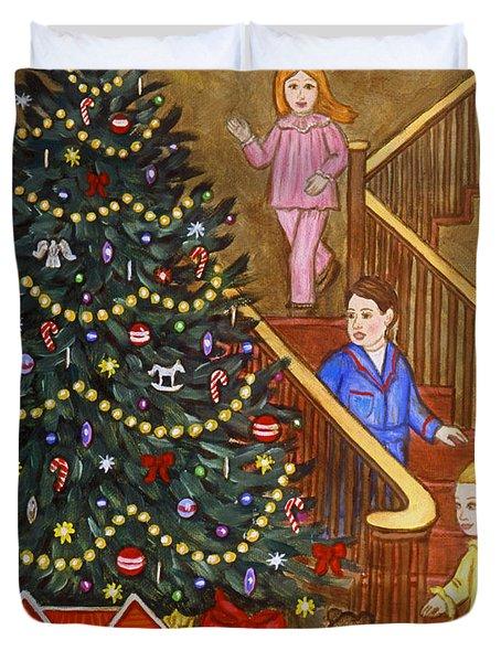 Christmas Morning Duvet Cover by Linda Mears