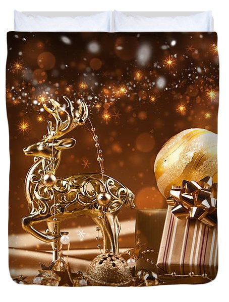 Christmas Reindeer In Gold Duvet Cover