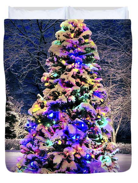 Christmas Tree In Snow Duvet Cover