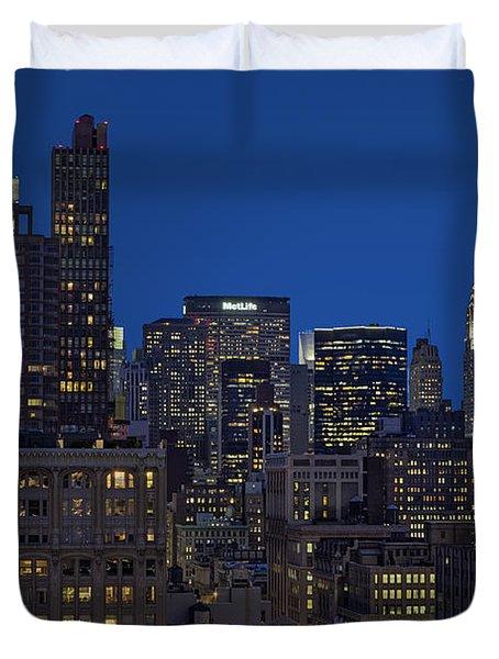 Chrysler Building Twilight Duvet Cover by Susan Candelario