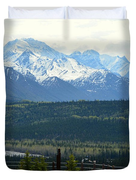 Chugach Mountains Duvet Cover by Andrew Matwijec