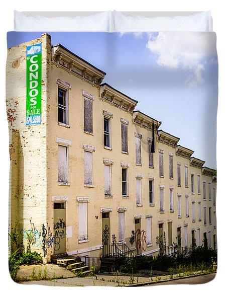 Cincinnati Glencoe-auburn Row Houses Picture Duvet Cover by Paul Velgos