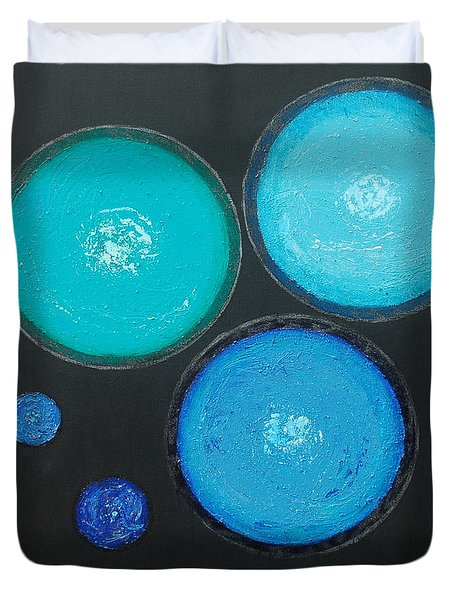 Duvet Cover featuring the painting Circles Of My Mind by Mini Arora