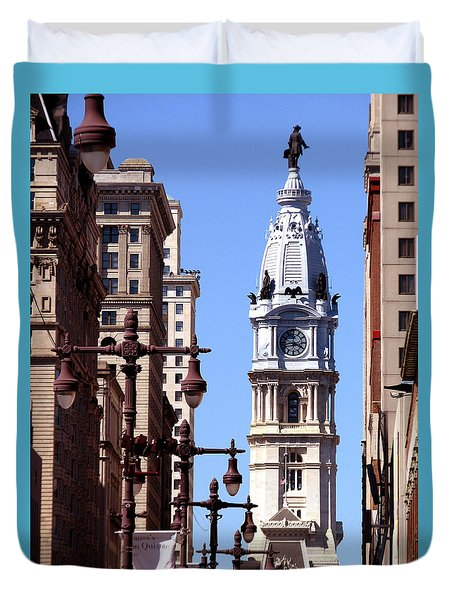 Philadelphia City Hall From Broad St Duvet Cover