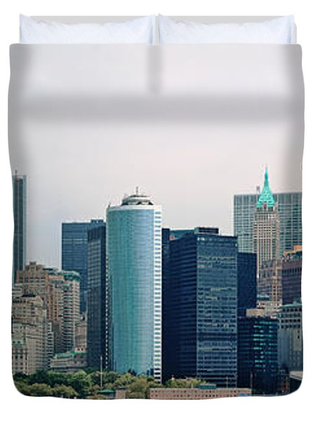 City - Ny - The Financial District Duvet Cover by Mike Savad