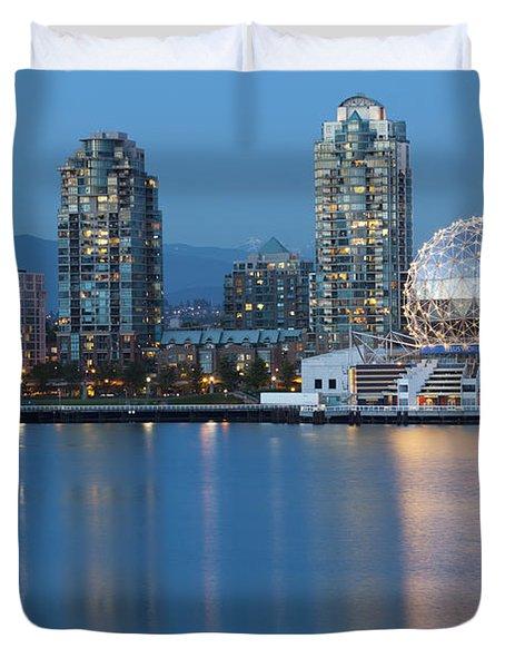 City Skyline -vancouver B.c. Duvet Cover