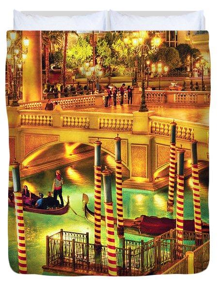 City - Vegas - Venetian - The Venetian At Night Duvet Cover by Mike Savad
