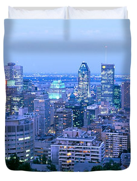 Cityscape At Dusk, Montreal, Quebec Duvet Cover
