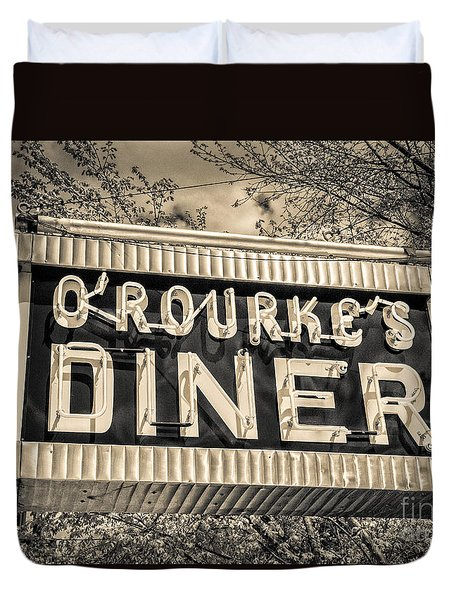 Classic Diner Neon Sign Middletown Connecticut Duvet Cover by Edward Fielding