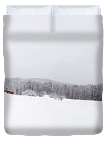 Classic New England Red Barn In Winter Storm Duvet Cover