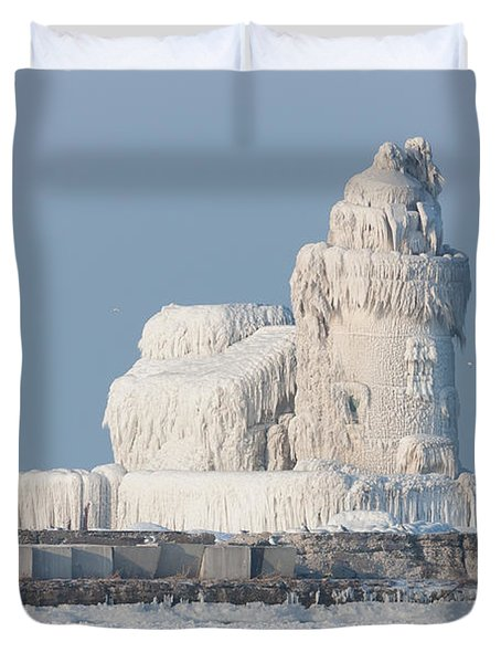 Cleveland Harbor West Pierhead Light Duvet Cover by Clarence Holmes
