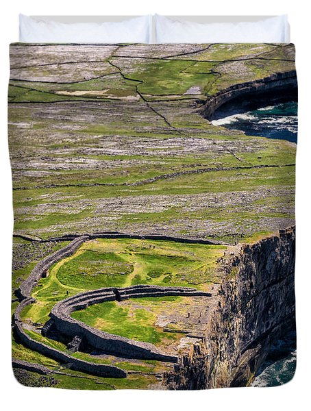Cliffs Of Inishmoore Duvet Cover by Juergen Klust