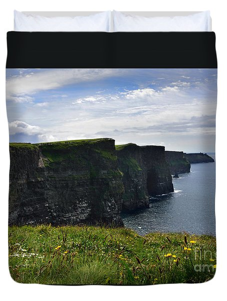 Cliffs Of Moher Looking South Duvet Cover