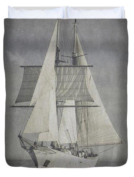 Clipper Under Sail Duvet Cover
