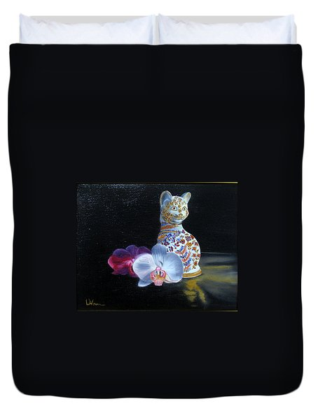 Duvet Cover featuring the painting Cloisonne Cat by LaVonne Hand