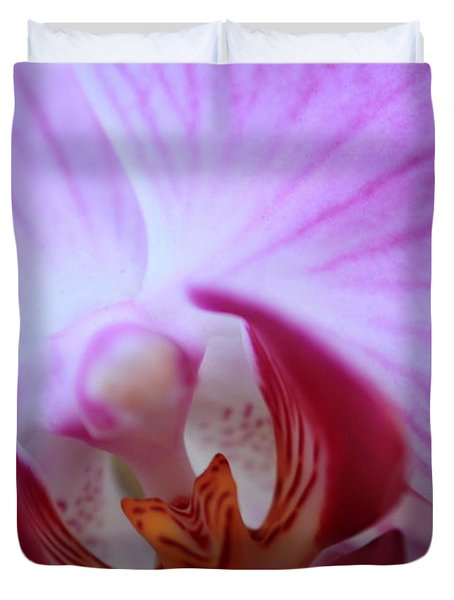 Duvet Cover featuring the photograph Close by Greg Allore