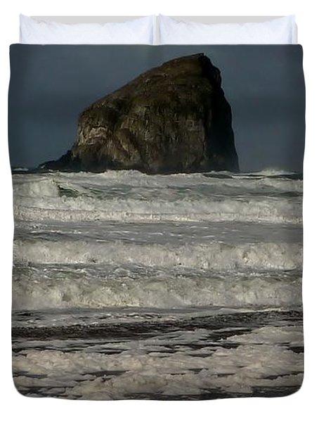 Duvet Cover featuring the photograph Close Haystack Rock by Susan Garren