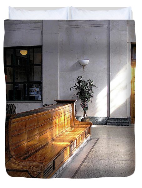 Closed Railroad Station - Johnstown Pa Duvet Cover