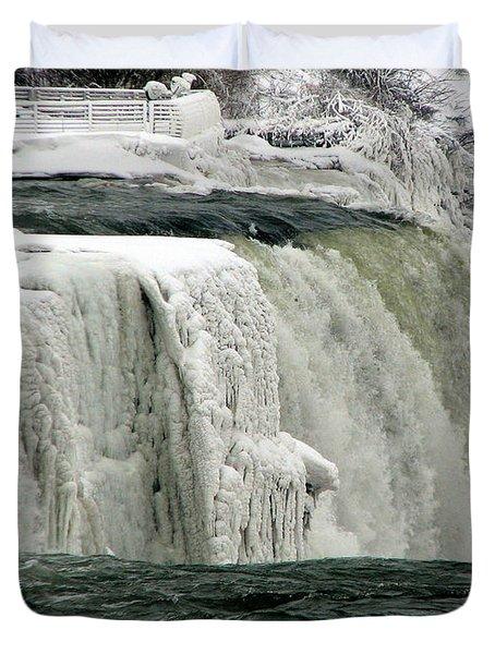 Closeup Of Icy Niagara Falls Duvet Cover