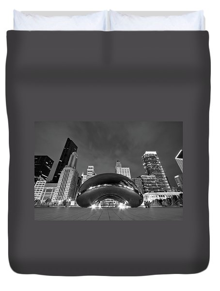 Cloud Gate And Skyline Duvet Cover
