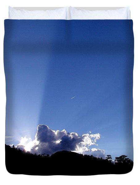 Duvet Cover featuring the photograph Cloud Rays by Craig T Burgwardt