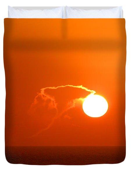 Lassoing The Setting Sun Duvet Cover by Mariarosa Rockefeller