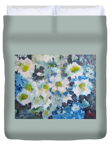 Cluster Of Daisies Duvet Cover by Richard James Digance