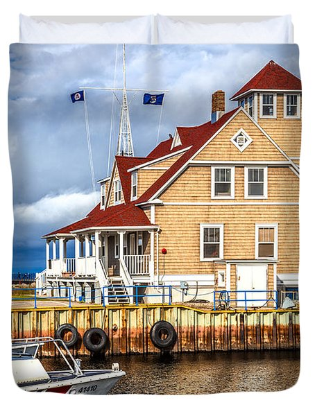 Coast Guard Station On Muskegon Lake Duvet Cover