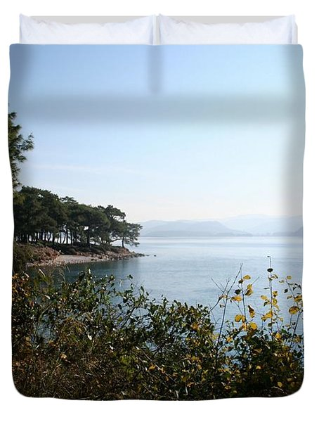 Duvet Cover featuring the photograph Coast by Tracey Harrington-Simpson